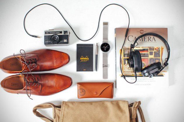 CoWatch Smartwatch Is Beautiful, Features Amazon Alexa ...