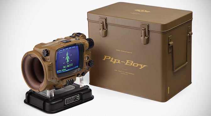 Pip-Boy Model 3000 Mk IV: Deluxe Bluetooth Edition
