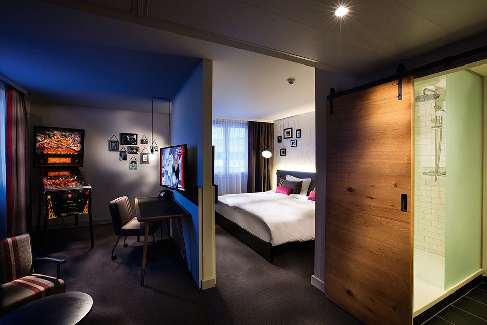 Pentahotels Introduces Gamer Hotel Rooms With Playstation