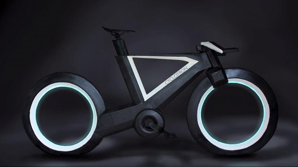 Hubless Bike Glows Like Tron S Light Cycle Heralds The