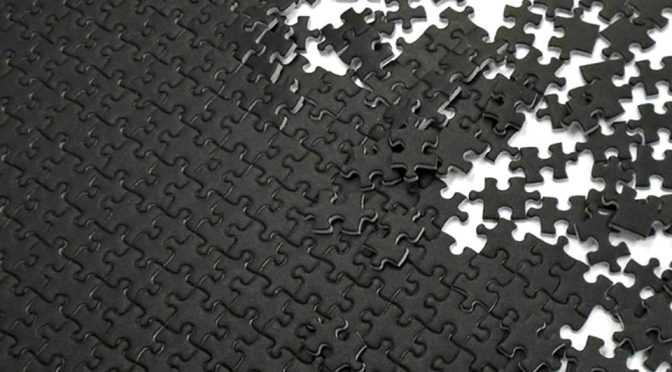 Beverly Micro Pure Black/White Hell Jigsaw Puzzle